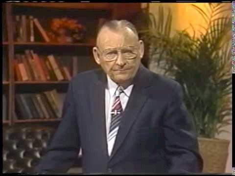 Jak żyć w nowoczesnym świecie i zachować wiarę - Lester Sumrall